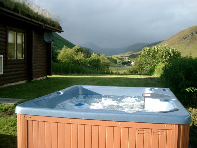 Benearb Hot Tub 2
