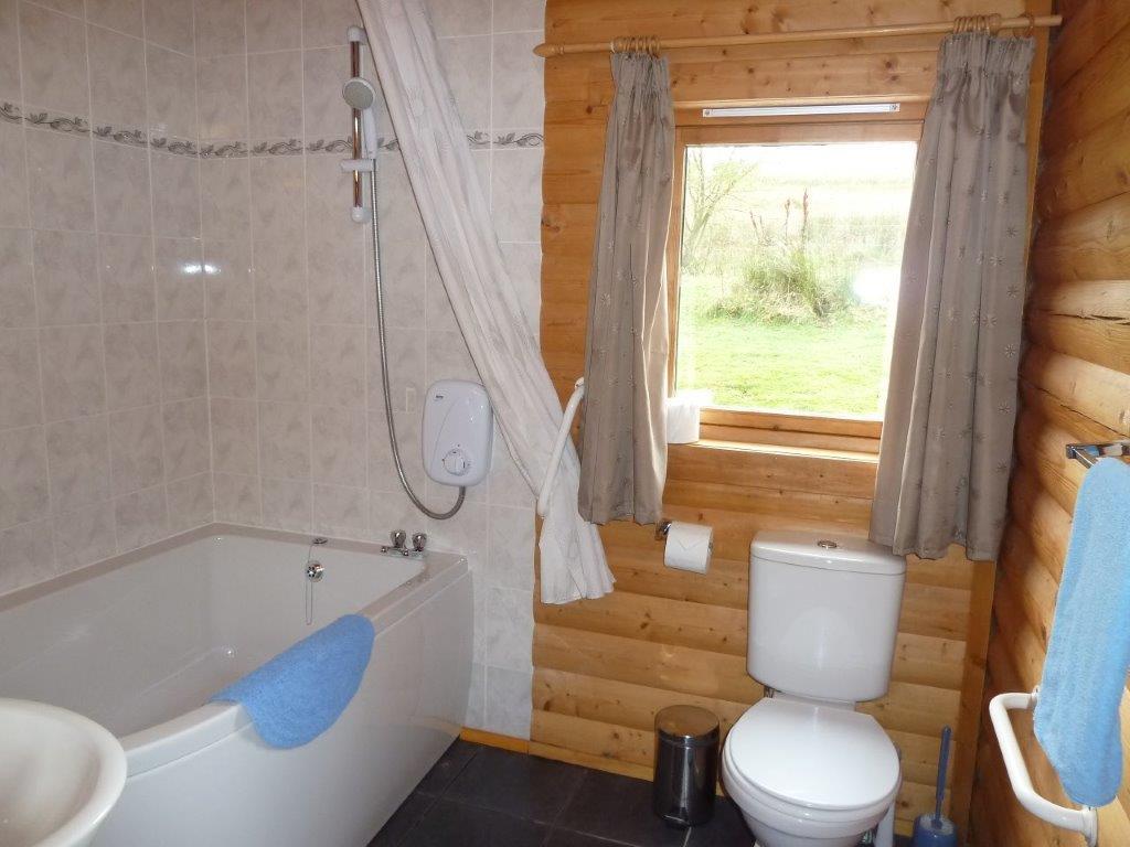 Cragdhu Bathroom