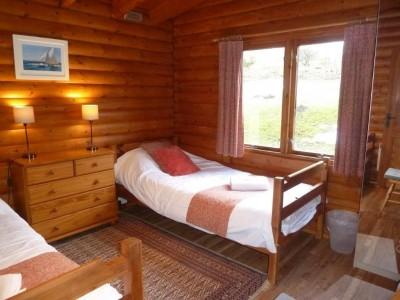 Clashmore Twin Bedroom