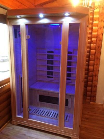 New Infrared Sauna in Benearb